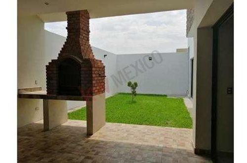 casa en venta en las trojes