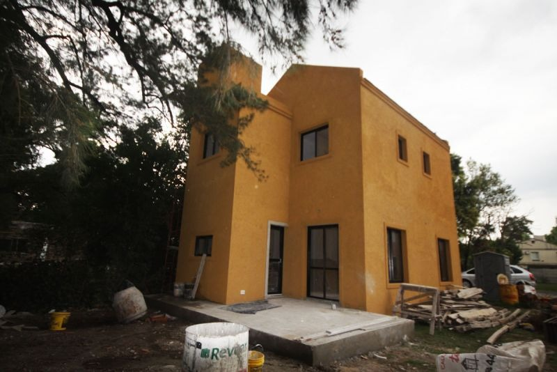 casa en venta  en leloir village