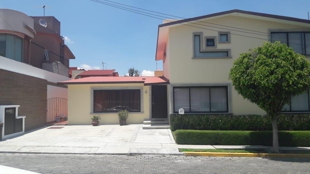 casa en venta en loma de vallescondido