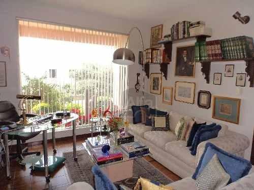 casa en venta en loma dorada. querétaro. exclusiva privada de 4 casas con piscina y jardines!