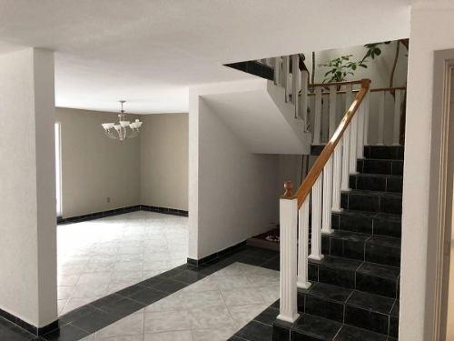 casa en venta en lomas 4ta sección por el andes, alberca, etc.