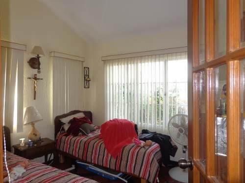 casa en venta en lomas de cocoyoc, excelentes acabados.