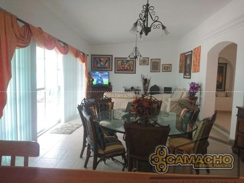 casa en venta en lomas de cocoyoc olc-0569