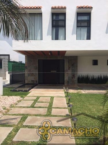 casa en venta en lomas de cocoyoc olc-0670