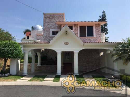 casa en venta  en lomas de cocoyoc olc-0692
