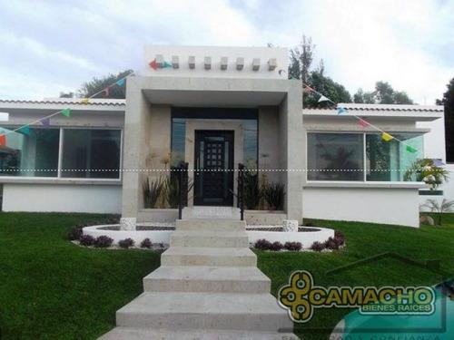 casa en venta en lomas de cocoyoc olc-244