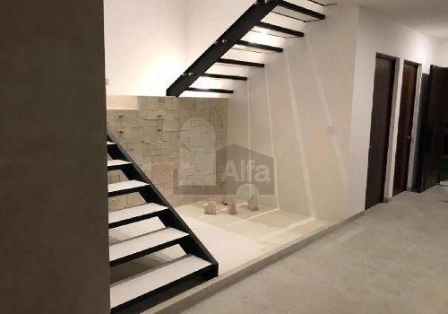 casa en venta en lomas de juriquilla , con 4 habitaciones