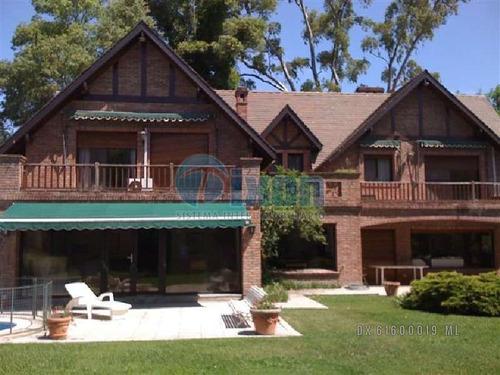 casa en venta en lomas de san isidro