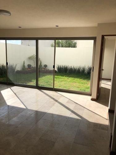 casa en venta en lomas del pedregal 3 recs, salon de juegos y terraza con baño