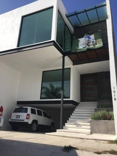 casa en venta en lomas  del refugio león gto