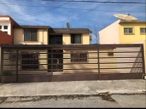 casa en venta en lomas del roble 1er sect