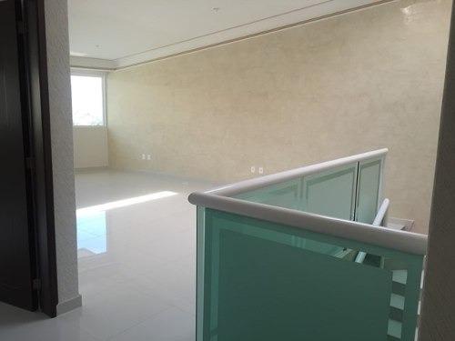 casa en venta    en  lomas verdes  ( 404578 )