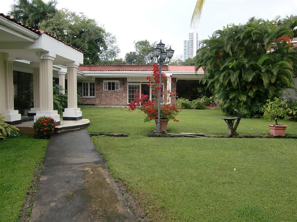casa en venta en los altos de golf (id 11477)
