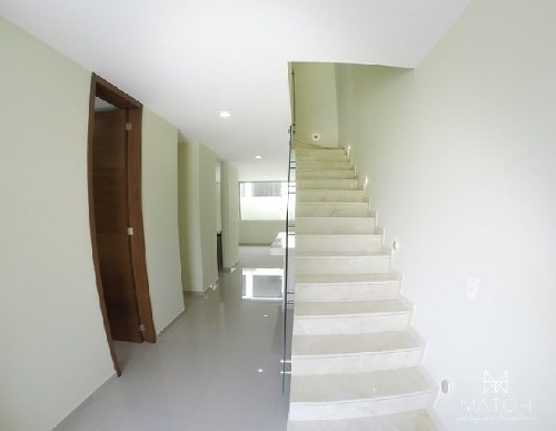 casa en venta en los gavilanes tlajomulco de zúñiga