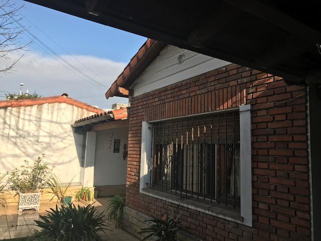 casa en venta en  los polvorines malvinas argentinas