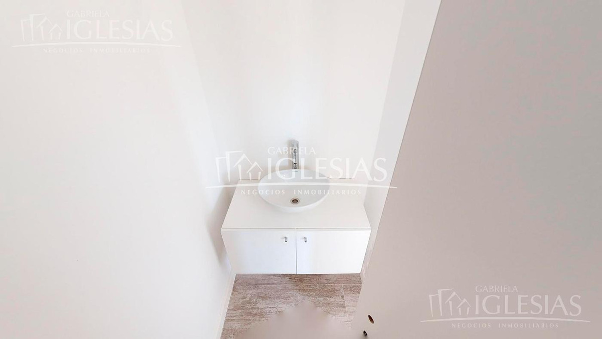 casa en venta en lote interno santa catalina  tour 360º