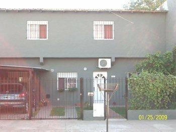 casa en venta en luis guillon