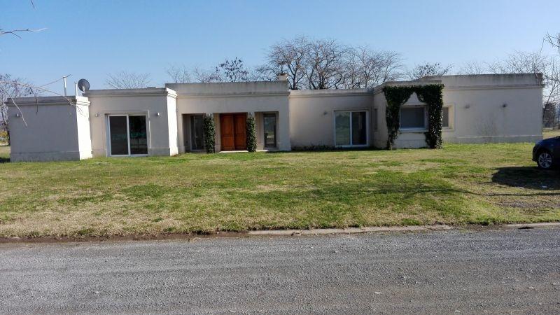 casa en venta  en lujan