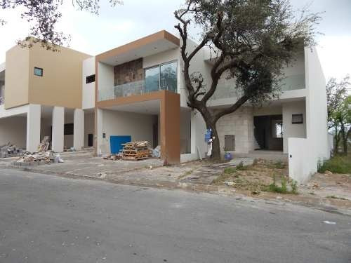 casa en venta en magnolia residencial la joya en monterrey