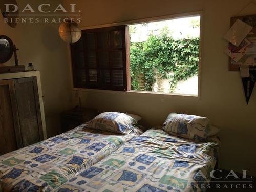 casa en venta en manuel b. gonnet calle 503 e/ 10 y 11 dacal bienes raices