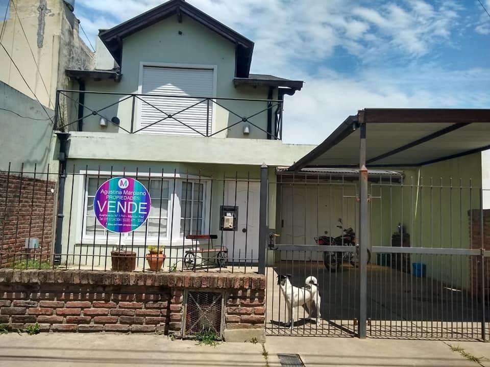 casa en venta en marcos paz!