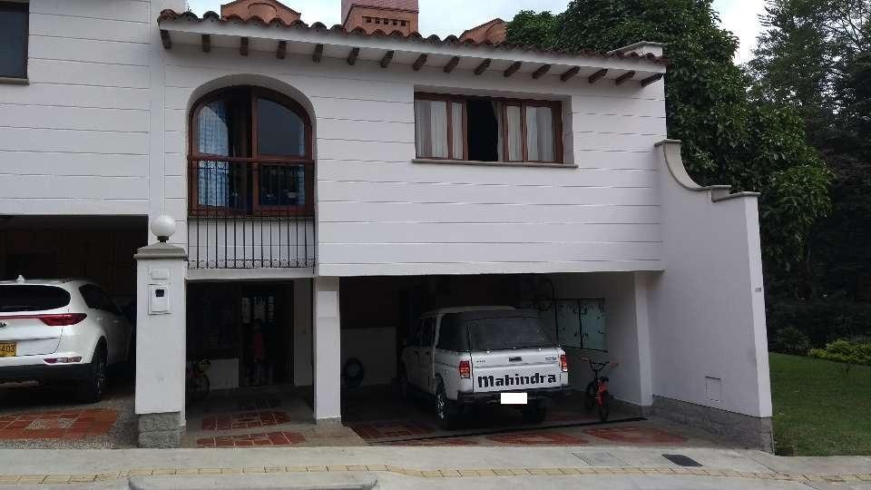 casa en venta en medellin, el poblado