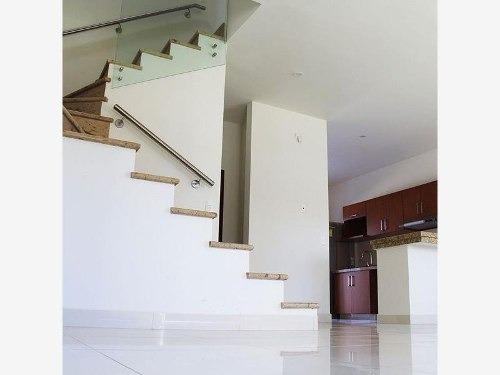 casa en venta en mediterraneo exclusivo coto con mayor plusvalia