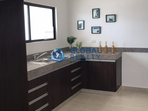 casa en venta en mérida a minutos de urban center. cv-4256