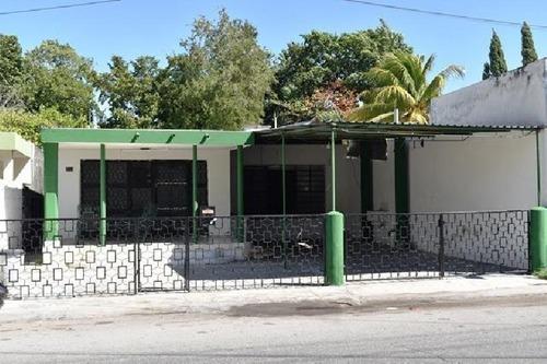 casa en venta en merida centro tres recamaras