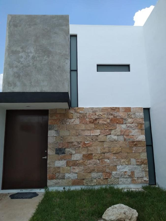 casa en venta en merida, privada residencial, ampliada y equipada