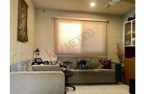 casa en venta en mérida yucatán en el fraccionamiento pensiones vii, a 5 min de la plaza las américas