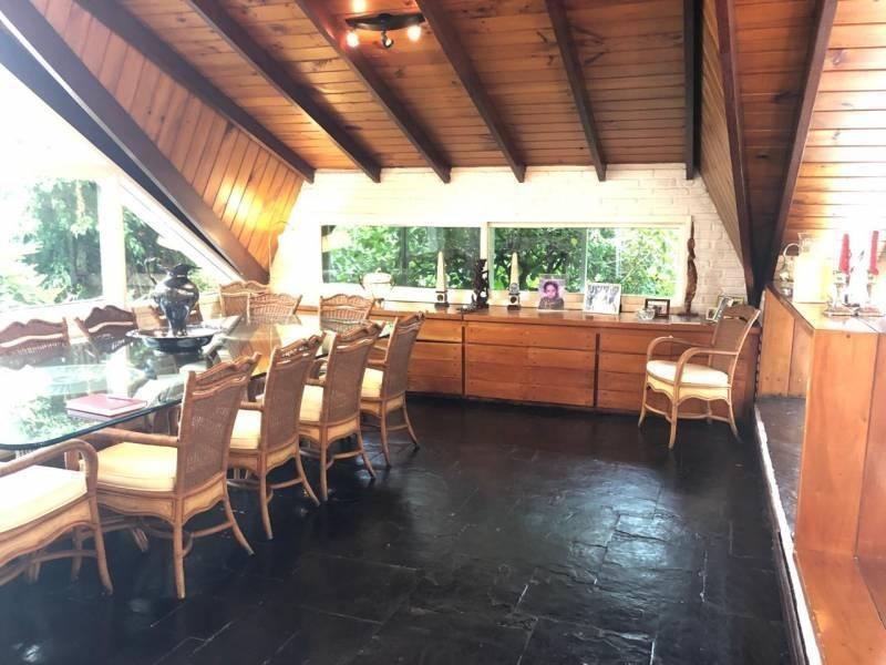 casa en venta en miraflores country club pileta y 6 dorms grandes