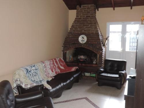 casa en venta  en monasterio