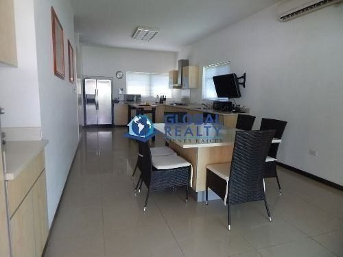 casa en venta en montebello al norte de mérida. cv-3826