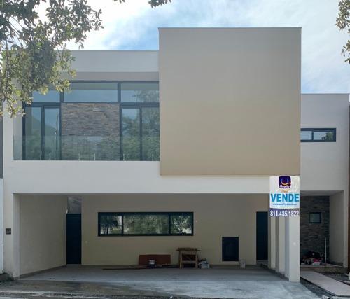 casa en venta en monterrey la joya privada magnolia