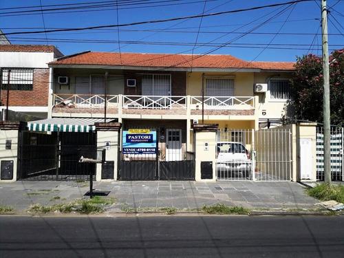 casa en venta  en olivos uzal / panamericana