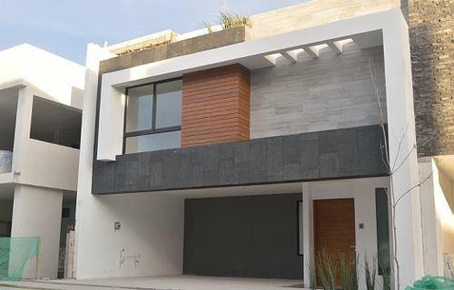 casa en venta en p baja california sur en lomas de angelópolis