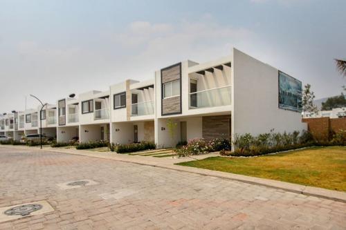 casa en venta en parque ibiza en lomas de angelópolis