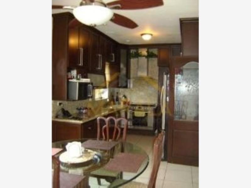 casa en venta en pedregal la silla