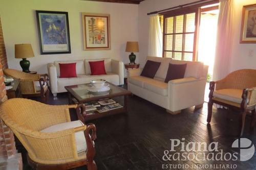 casa en venta en pinamar-7 ambientes-excelente estado-zona b5