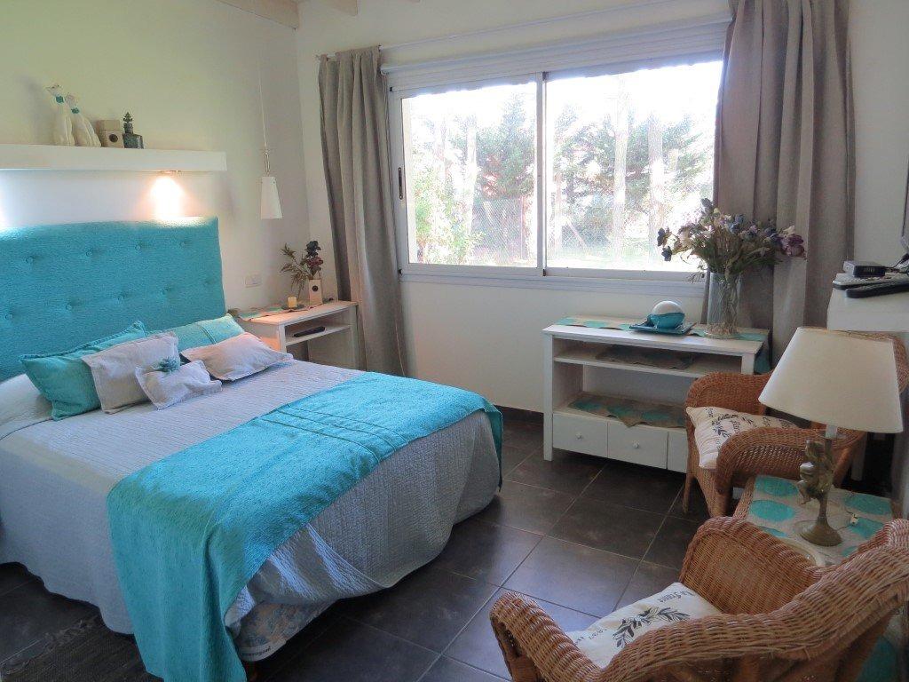 casa en venta en pinamar-b5-moderna-4 ambientes-jardin amplio