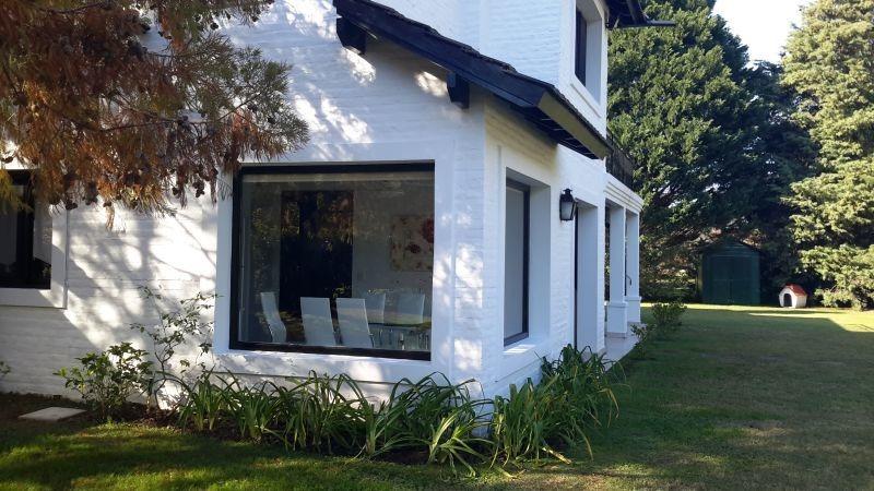casa en venta en praderas de lujan