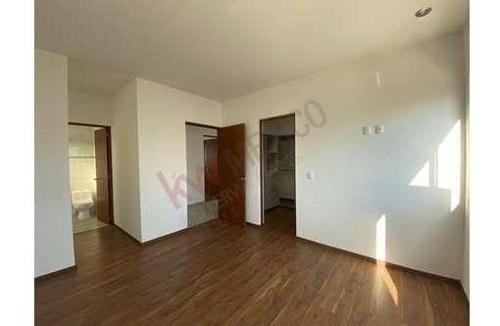 casa en venta en privada 3 rec con bano condesa juriquilla queretaro 4 300 000