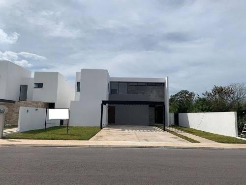 casa en venta en privada al norte de la ciudad 4 recámaras