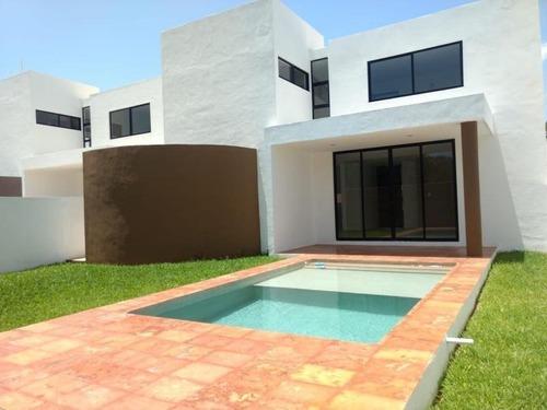 casa en venta en privada capri en conkal, yucatan