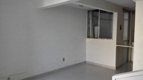 casa en venta en privada con vigilancia