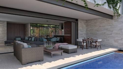casa en venta en privada en yucatán country club. cv-6058