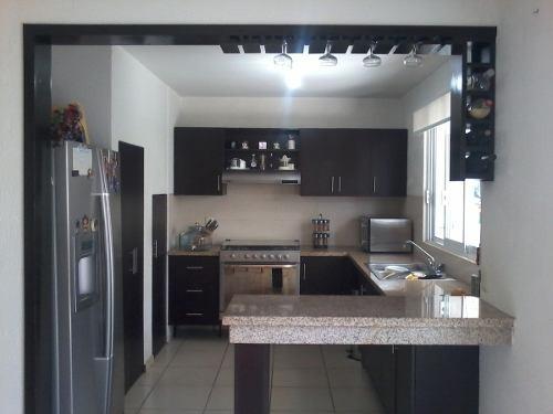 casa en venta en privada franqueira corregidora qro