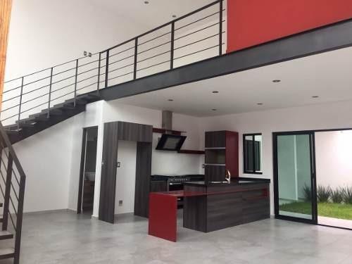 casa en venta en privada san  angel residencial