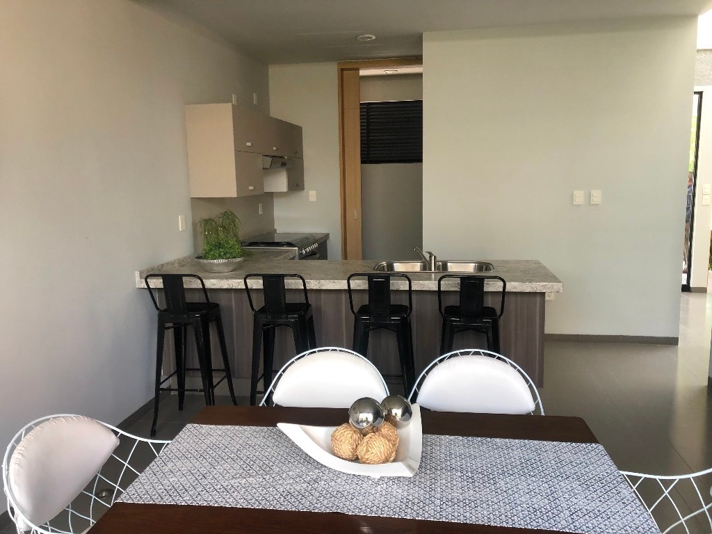 casa en venta en privada zona villa de pozos carretera 57
